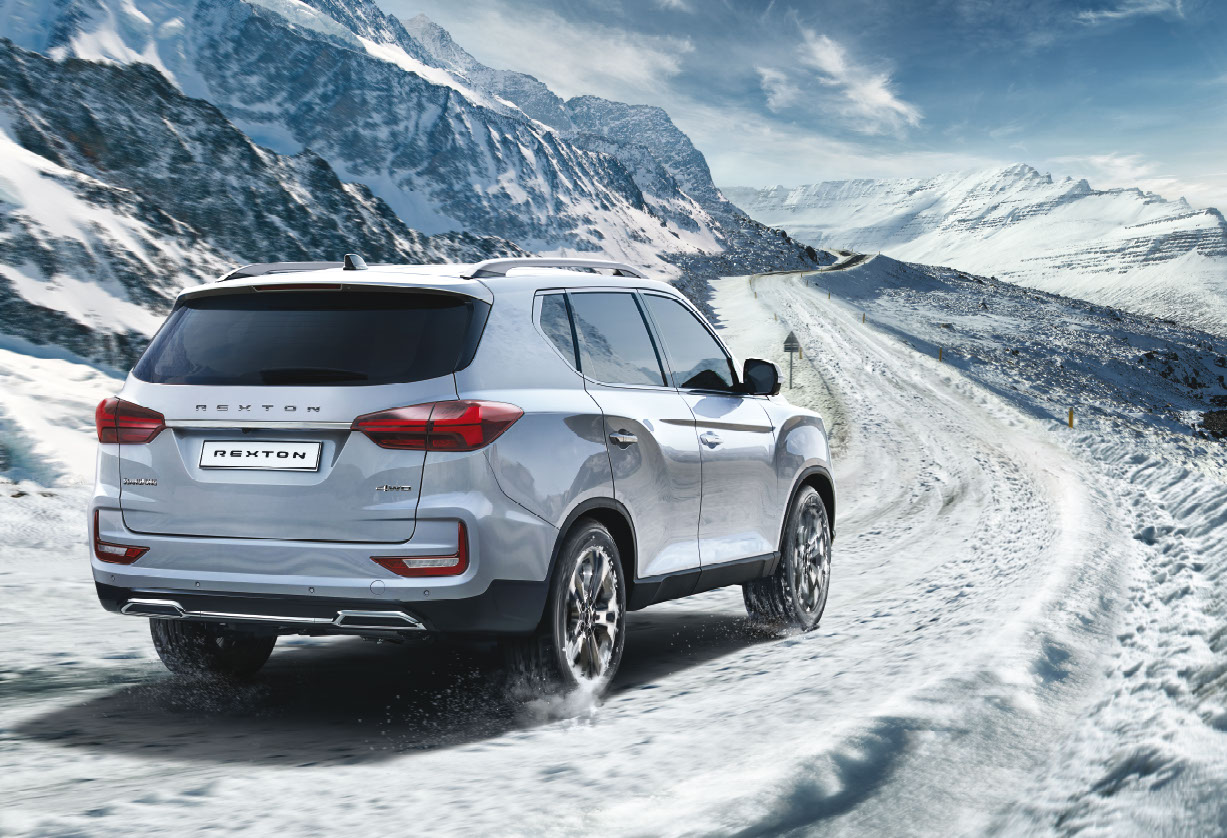 New Rexton Y450 Snow Driving