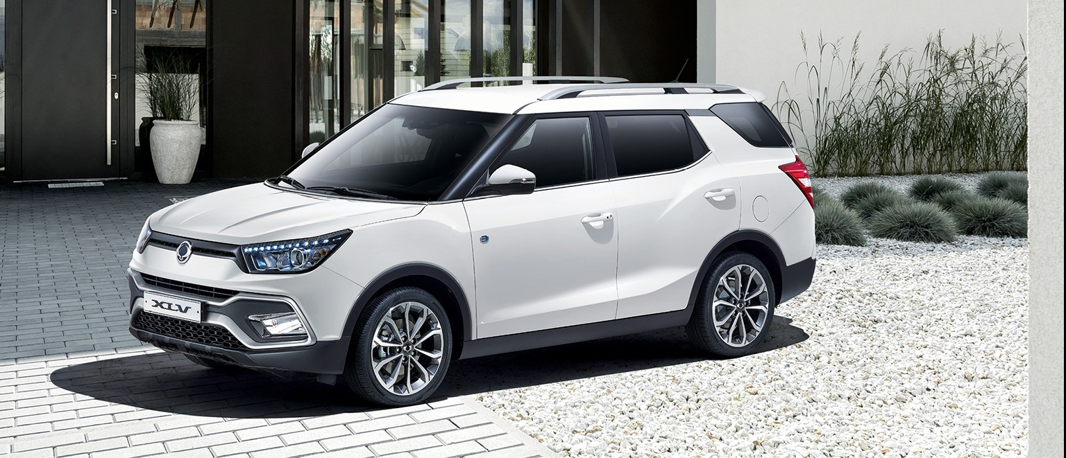 SsangYong XLV Forward